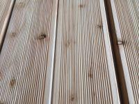 Sibirische Lärche Terrassendielen, 26x140 mm, geriffelt, VEH AB