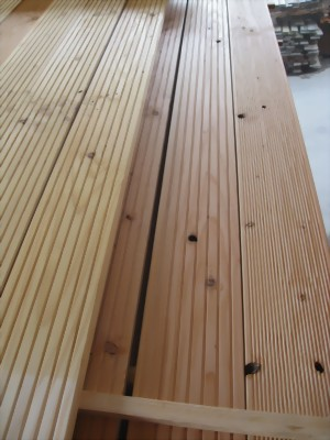 douglasie terrassenholz b ware g nstig kaufen bei holz wohnen garten holz wohnen. Black Bedroom Furniture Sets. Home Design Ideas